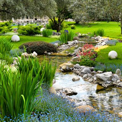 Mit Feng Shui im Garten erlebst Du Meditation, Kreativität und Freude am Spielen. Spüre deinen Kraftort.